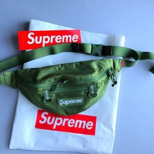 JUST IN ✔️NWOT SUPREME WAIST BAG